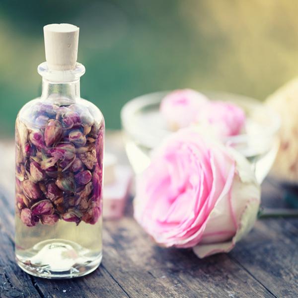 Artículos de perfumería en Farmacias Santa Gemita